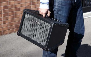 Cube Street от Roland — комбик для уличных гитаристов